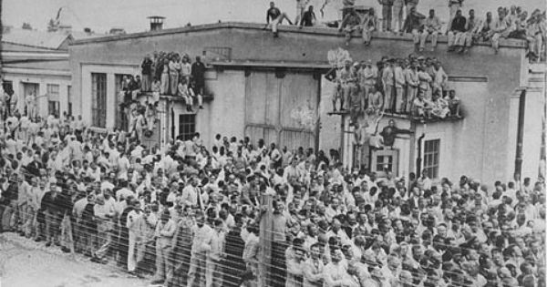 Dachau-the-first-NAZI-concentration-camp-in-Germany-opened-six-years-before-WWII_-2