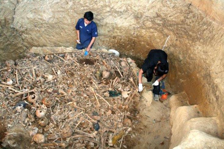 lo-res-mass-grave-Guatemala